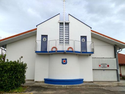 Albañilería Landetxa ha llevado a cabo la restauración de la cubierta y la fachada del edificio de la Cruz Roja en Hondarribia