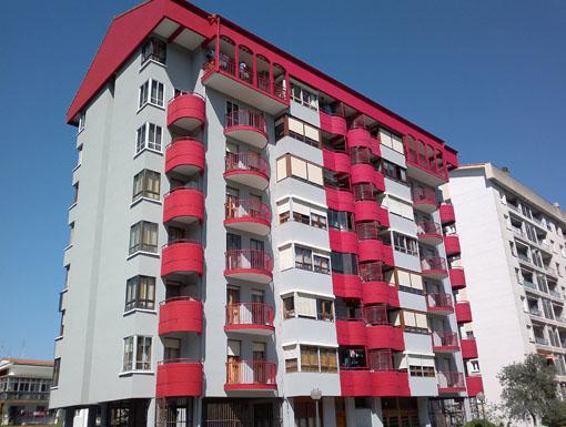 Albañilería Landetxa ha llevado a cabo la restauración de la fachada en la calle Berio 14, en Irun