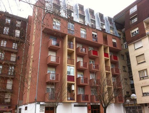 Albañilería Landetxa ha llevado a cabo la restauración de la fachada en la calle Meazuri 3 de Irun