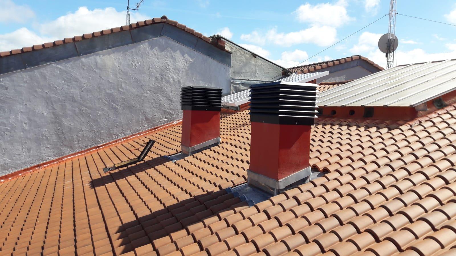 Albañilería Landetxa ha llevado a cabo la restauración del tejado de la calle Paseo Colón 47 de Irun