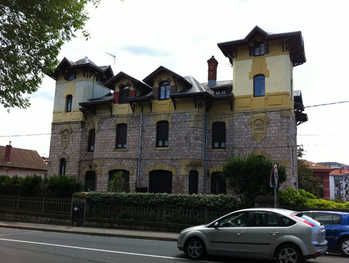 Albañilería Landetxa ha llevado a cabo la restauración de la fachada en la Villa Fermín